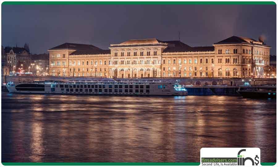 دانشگاه کوروینوس بوداپست