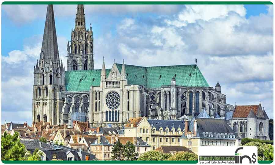 کلیسای جامع بانوی ما، و د شارتر، انتخاب سردبیر