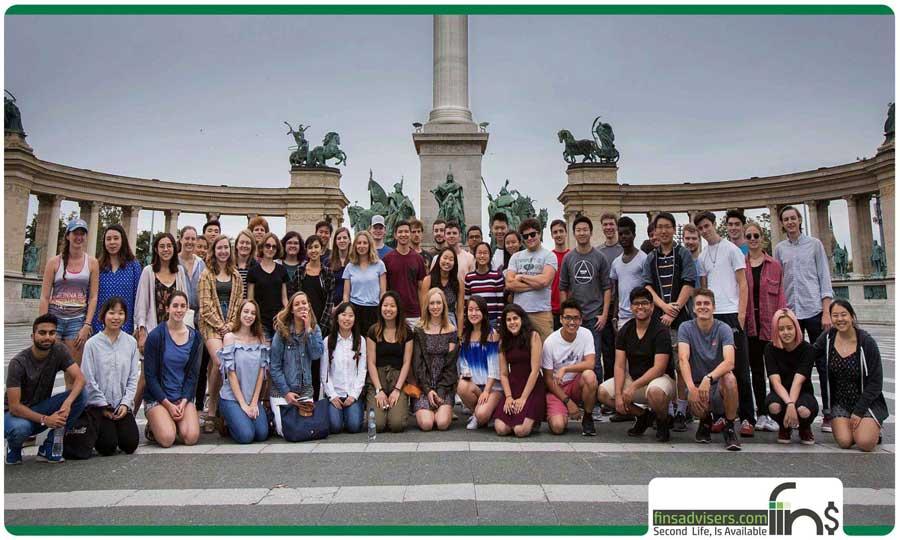 در کالجهای مجارستان چه زبانهایی را فرا خواهید گرفت؟